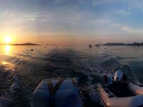 Mission sur l'archipel de Chausey au lever du soleil