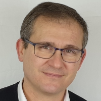 Portrait de Tarik MEZIANE