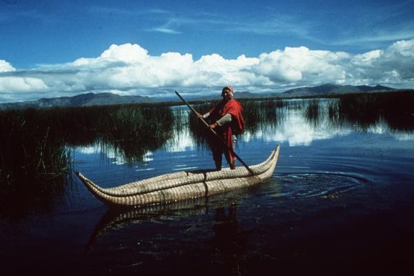 Pêcheur aymara sur le lac Titicaca  © IRD/C. Dejoux